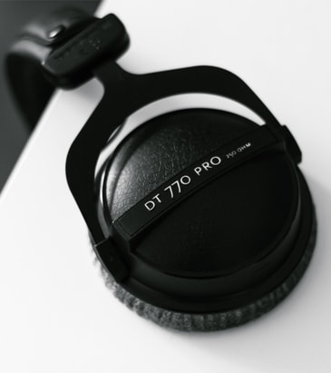 Closed-back headphones to monitor the audio being recorded.